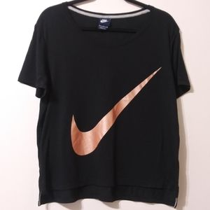 Nike high/low tee w/extra large rose gold swoosh